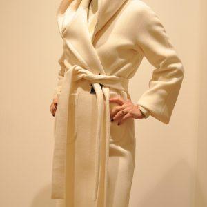 TAGLIATORE – Cappotto Resca  con cappuccio e cintura colore Panna